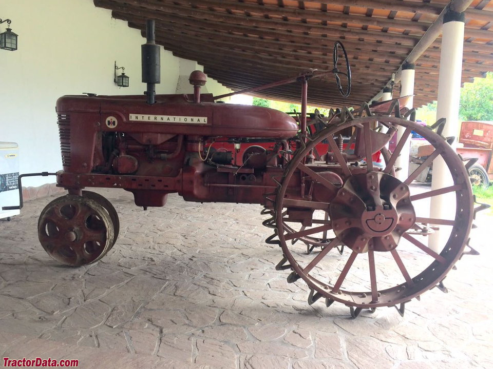 Farmall M Specifications : Tractordata farmall h tractor photos information