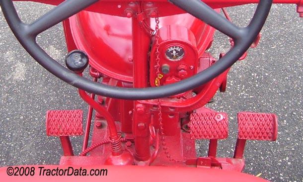 Farmall Super H  transmission photo