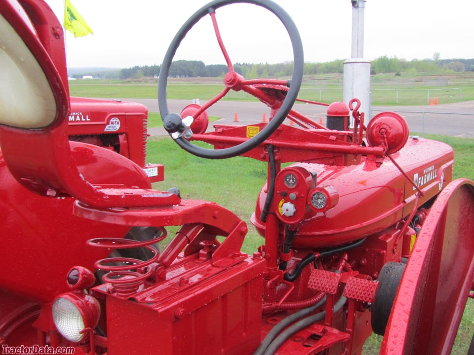 Farmall Super H operator station and controls.
