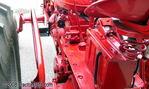 Farmall Super M Torque Amplifier transmission photo