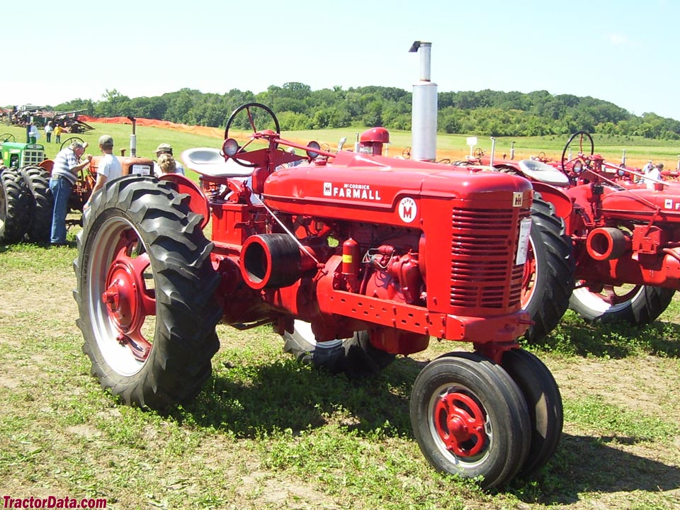 Farmall Super M tricycle-front with gasoline engine.