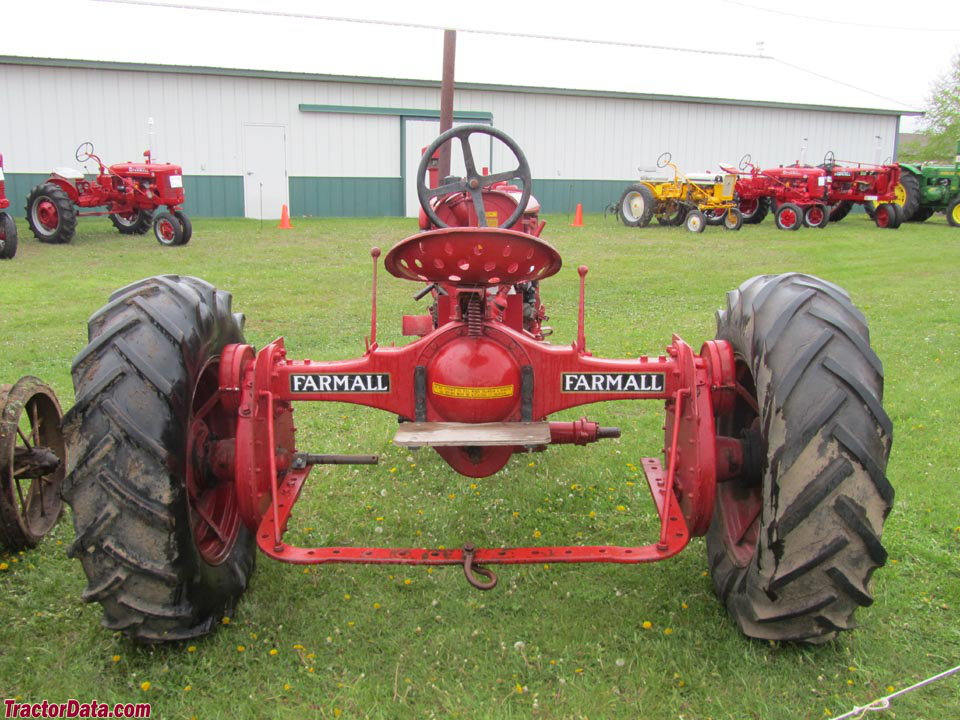 Rear view of the Farmall F-20.