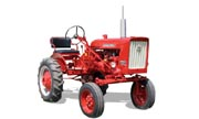International Harvester 140 tractor photo