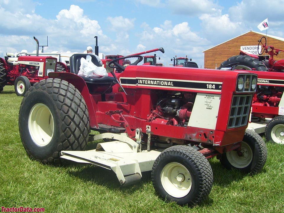 International Harvester Cub 184 Lo-Boy