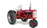 Farmall 230 tractor photo
