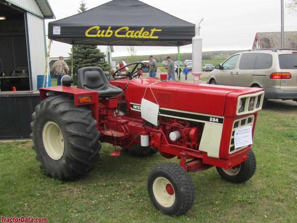 International Harvester 284