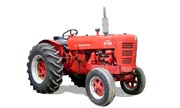 International Harvester W-400 tractor photo