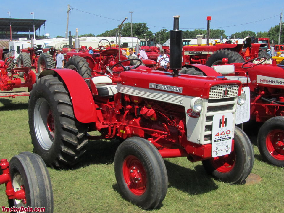 Ih 460 Utility Tractor : Tractordata international harvester tractor photos