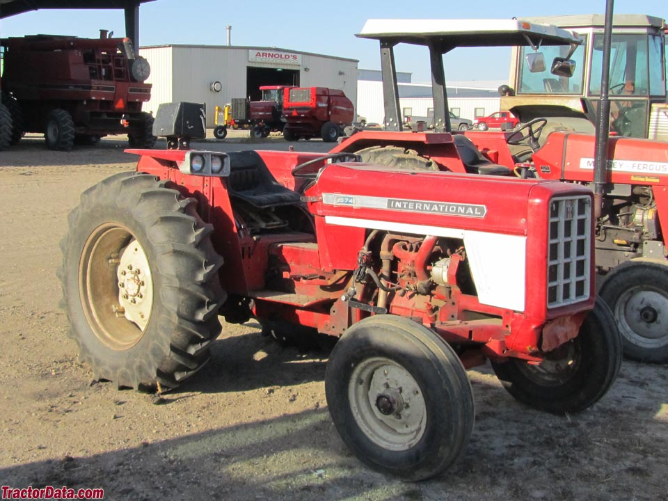 International Harvester 574 - photos