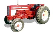 International Harvester 674 tractor photo
