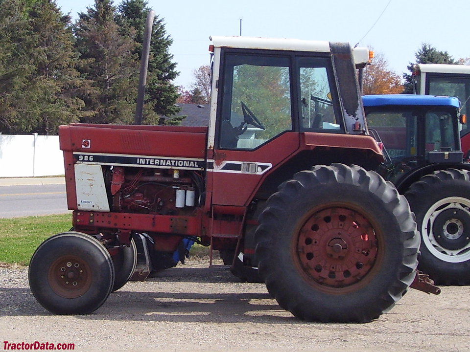 International Harvester 986 Tractor : Tractordata international harvester tractor photos
