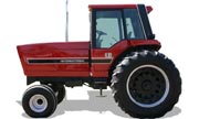 International Harvester 3088 tractor photo