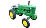 John Deere 40 tractor photo