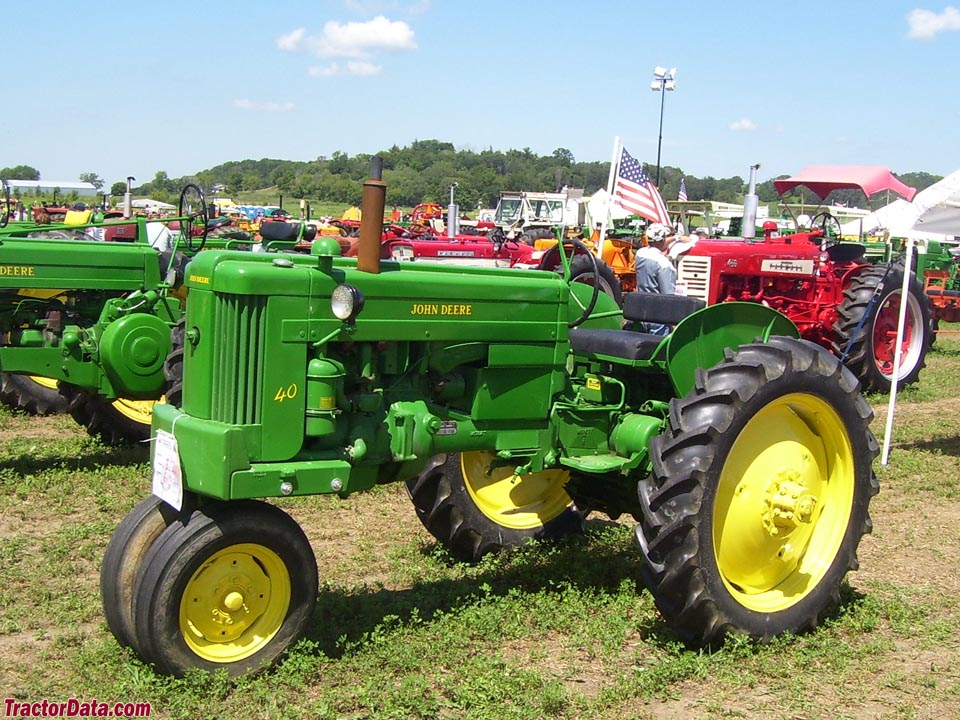 John Deere 40T tricycle