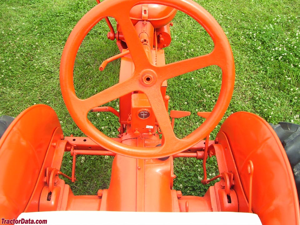 Allis-Chalmers C operator station and controls.