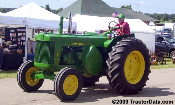 John Deere 80, left side