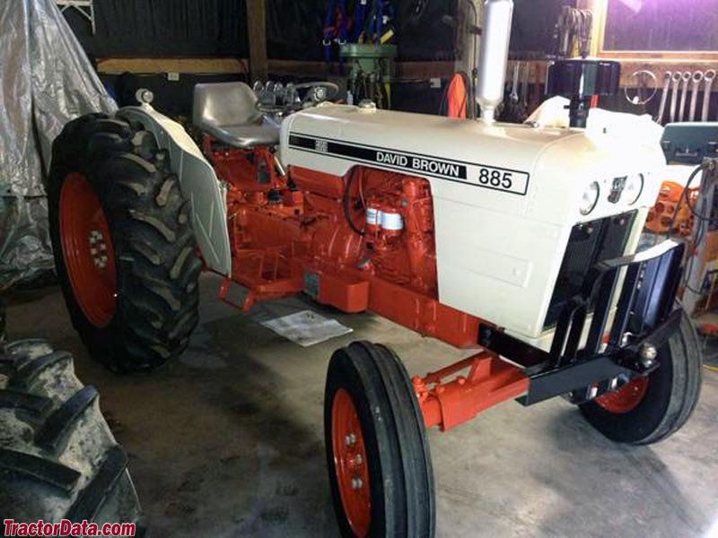 David Brown 885 in Case orange and white paint.