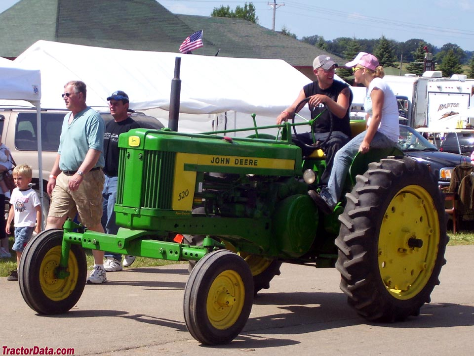 John Deere 520 with wide front end.