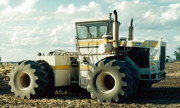 Big Bud 650/50 tractor photo