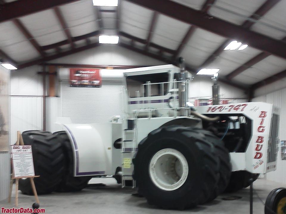 Big Bud 747 >> Tractordata Com Big Bud 16v 747 Tractor Photos Information