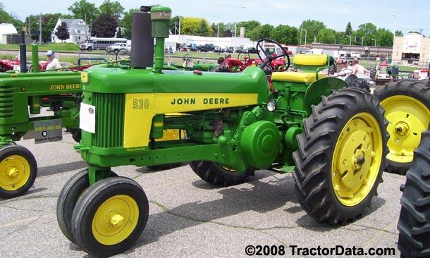 Farm Tractor Front Fenders : Tractordata john deere tractor photos information