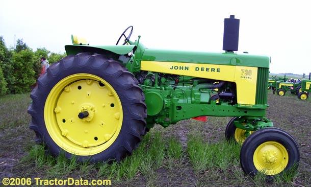 John Deere 730