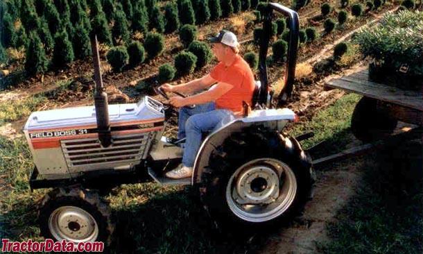 White Field Boss 31 tractor