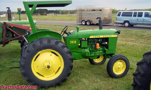 John Deere 1010RU with ROPS canopy