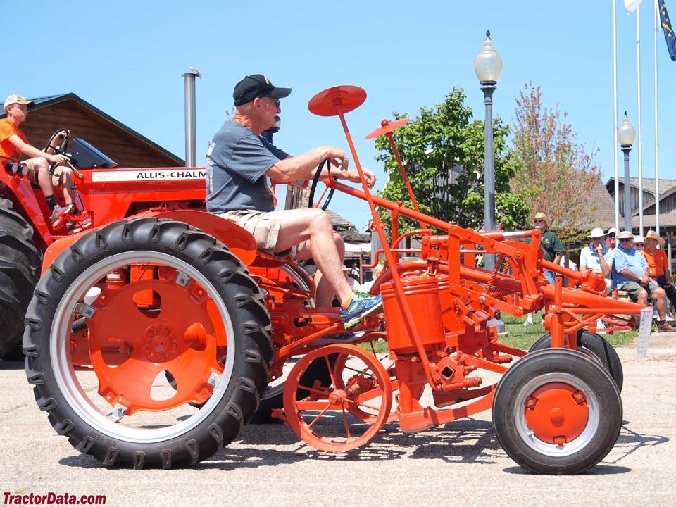 Tractordata Com Allis Chalmers G Tractor Photos Information