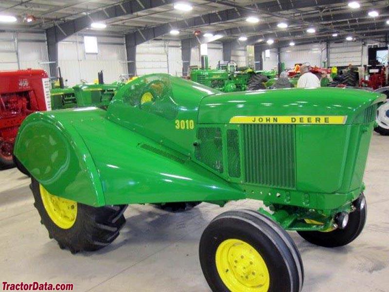 John Deere 3010 orchard tractor.