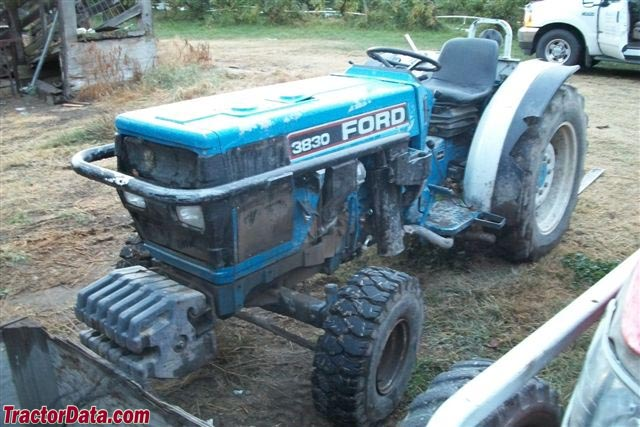 Ford-New Holland 3830