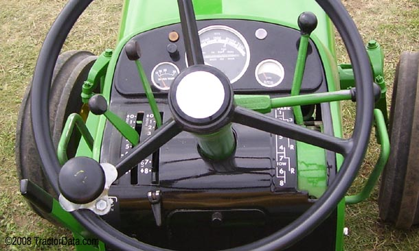 John Deere 4010 Syncro-Range transmission photo