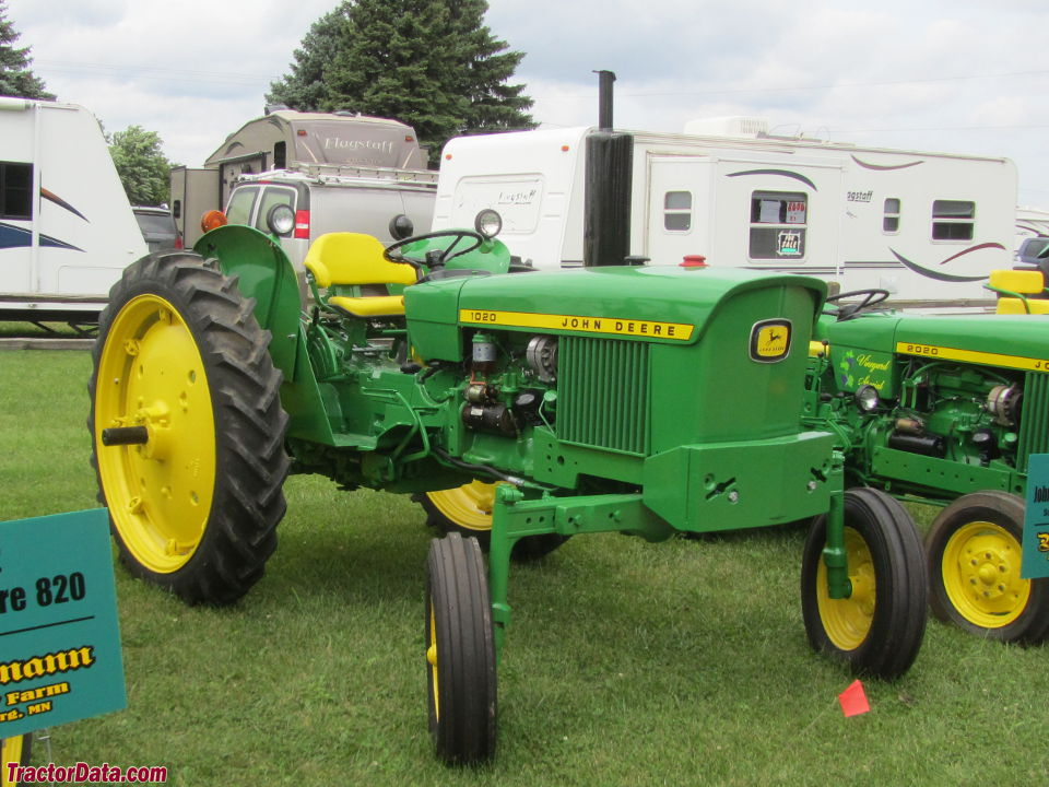 John Deere 1020 high-crop utility.