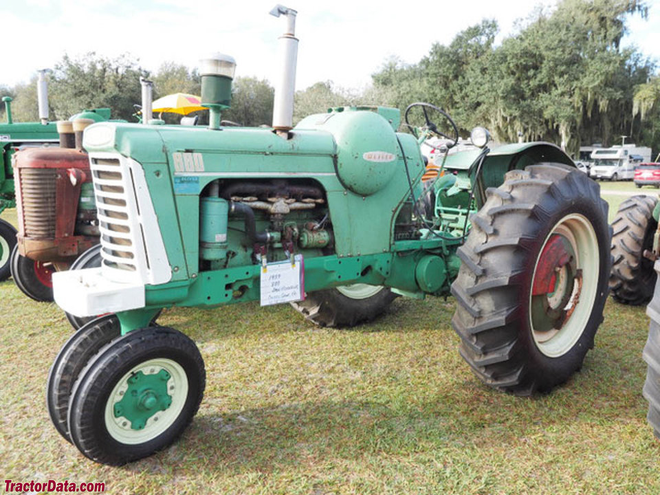 Row-crop Oliver 880 with LP-gas engine.