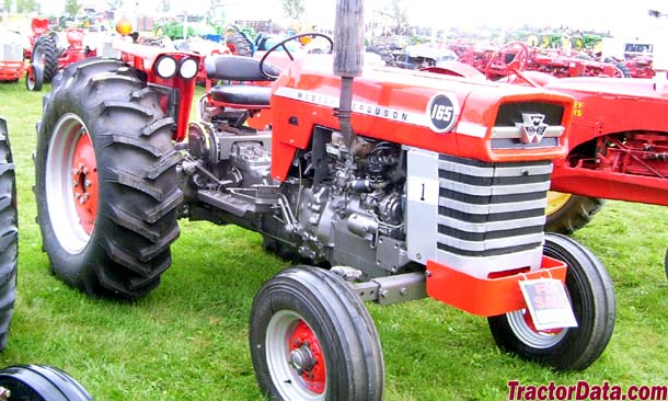 Massey Ferguson 165