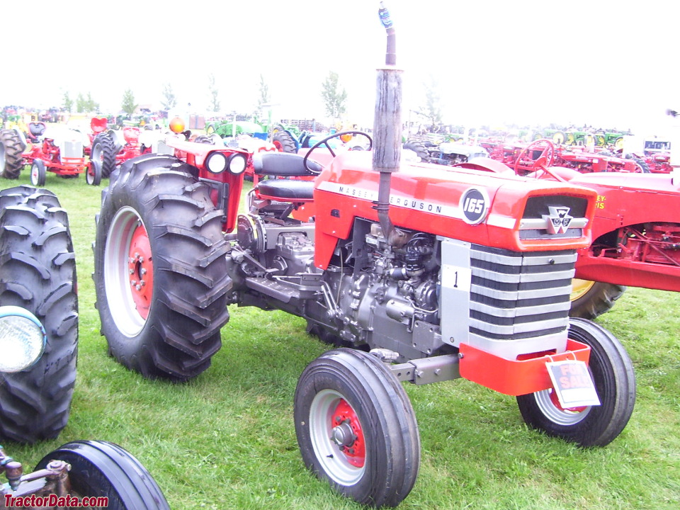 massey ferguson 165 tractor photos information. Black Bedroom Furniture Sets. Home Design Ideas