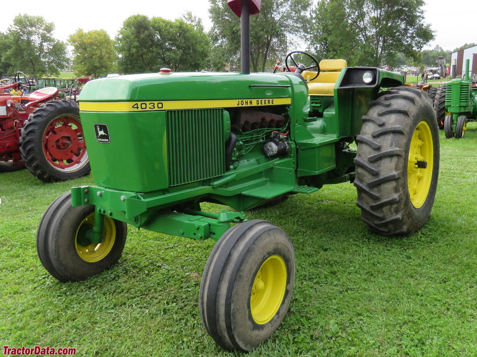 Td B Ext together with John Deere All further Expo Tractor Display in addition Hqdefault moreover S L. on john deere 3020