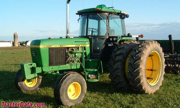 John Deere 4230, front-left view