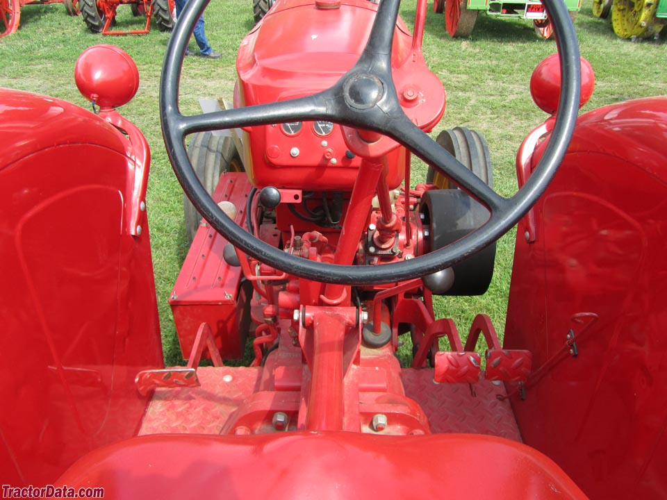 Massey-Harris 555 operator station and controls.