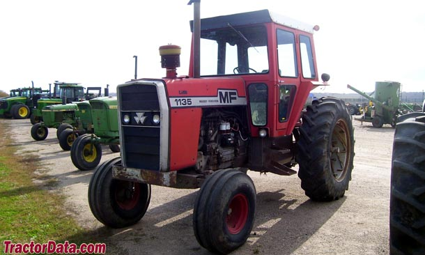 Massey Ferguson 1135 left-front view