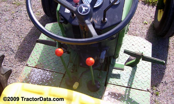 John Deere 2840 High-Low transmission photo
