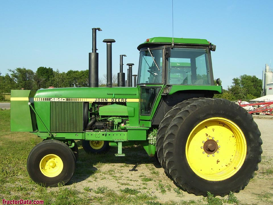 John Deere 4640 with two-wheel drive.