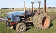 Leyland 245 tractor photo
