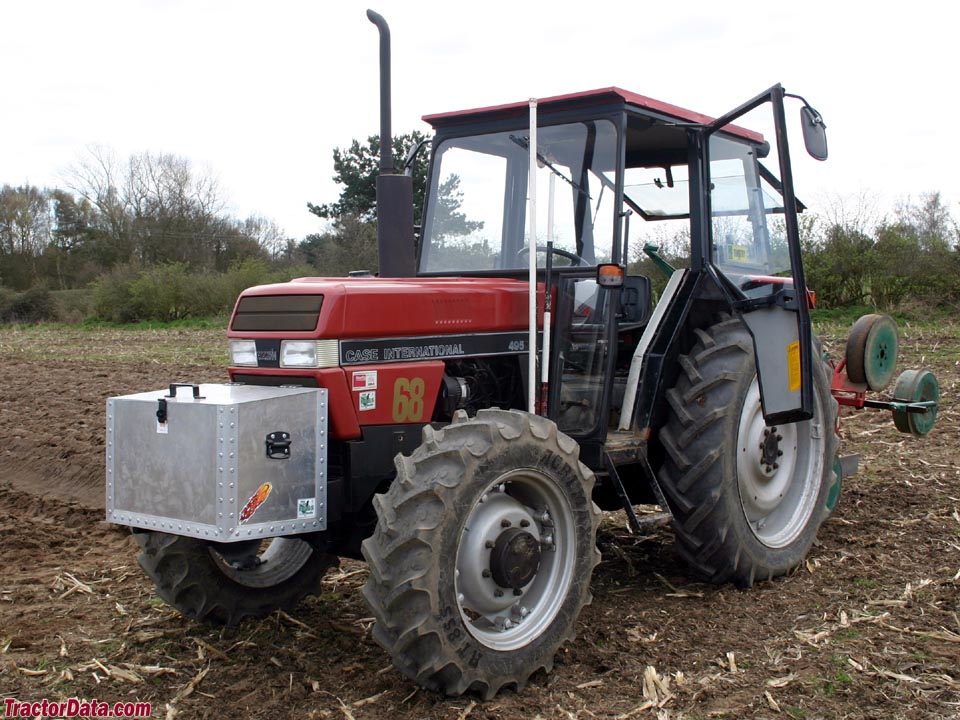 CaseIH 495 with factory 4WD Carraro front axle