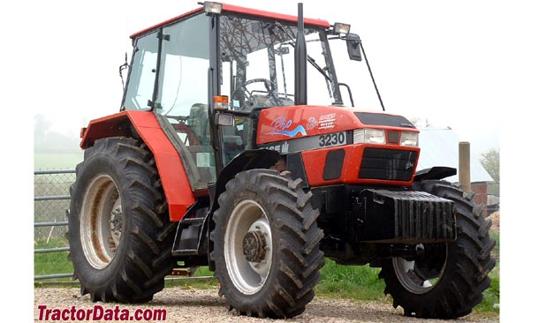 Case IH 3230 front-right view