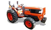 Kubota L3010 tractor photo
