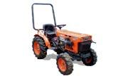 Kubota B7100 tractor photo