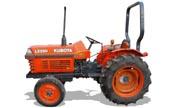 Kubota L2350 tractor photo
