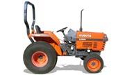 Kubota L2500 tractor photo