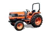 Kubota L3300 tractor photo